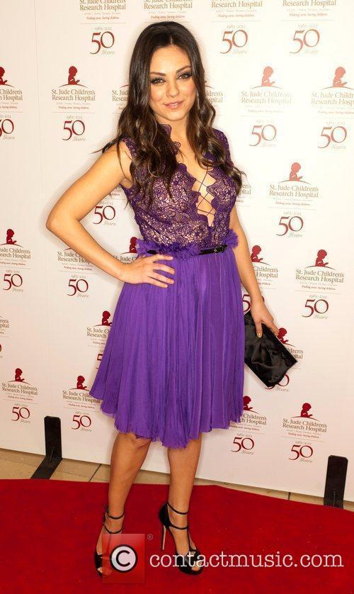Mila Kunis and Beverly Hilton Hotel 5