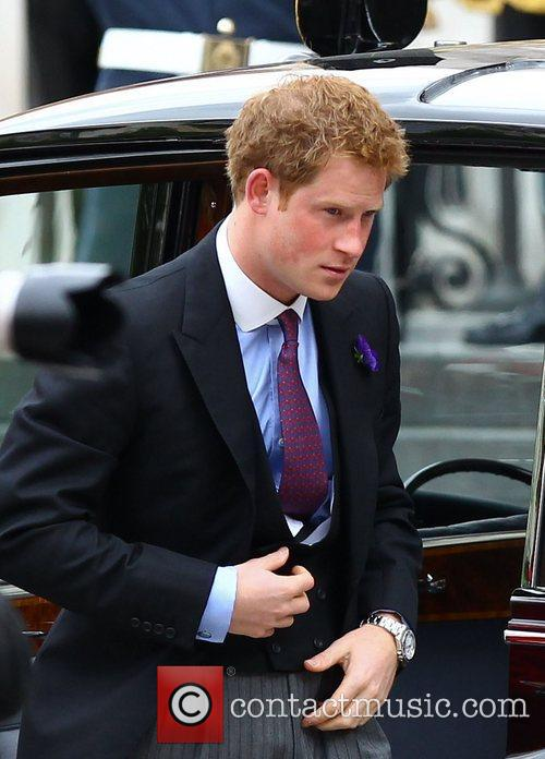 prince harry arriving at the queens diamond 3927644