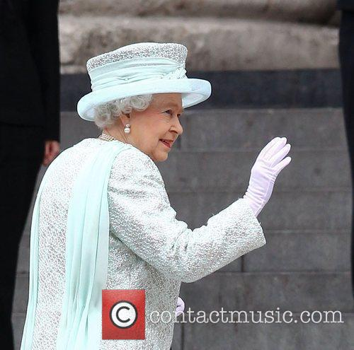 queen elizabeth ii arriving at the queens 3928148