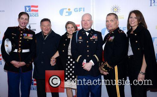Cpl. Aaron Mankin, Robin Williams, Patty Horan, Capt, Pat Horan, Lt. Col. Timothy Maxwell, Shannon Maxwell and Beacon Theatre 2
