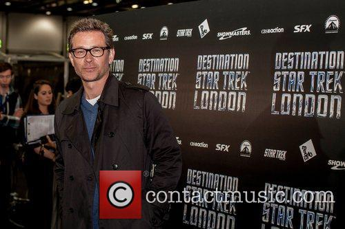 Connor Trinneer  Celebrities pose for photographers, without...