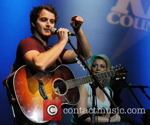 Easton Corbin and Lauren Alaina 10