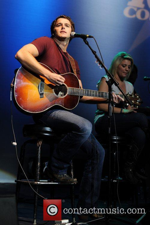Easton Corbin and Lauren Alaina 5