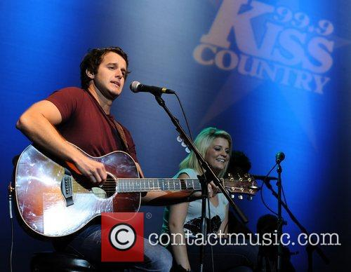Easton Corbin and Lauren Alaina 3