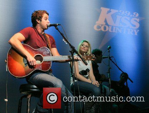 Easton Corbin and Lauren Alaina 7