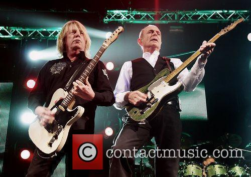 Rick Parfitt, Status Quo and Liverpool Echo Arena 1