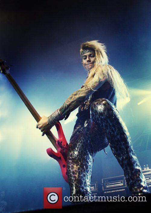 Steel Panther 9