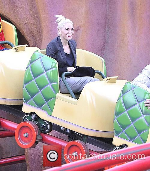Gwen Stefani, Kingston, Zuma, Gavin and Disneyland 11