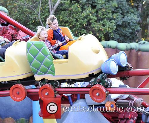 Gwen Stefani, Kingston, Zuma, Gavin and Disneyland 8