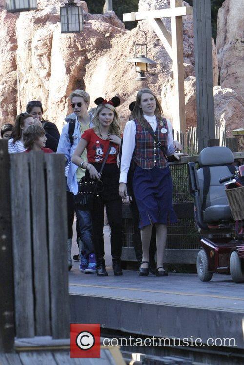 Disney 9