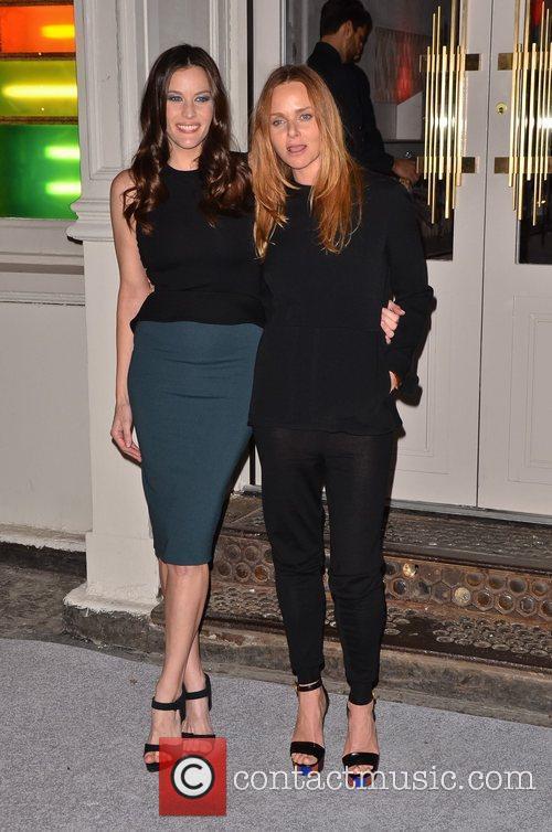 Liv Tyler and Stella Mccartney 7