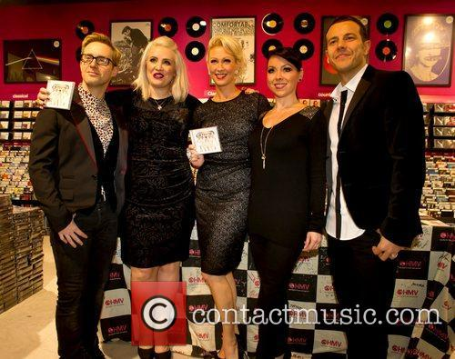 Ian Watkins, H, Claire Richards, Faye Tozer, Lisa Scott-lee and Lee Latchford-evans