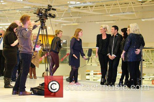 Faye Tozer, Lee Latchford-evans, H, Claire Richards, Ian Watkins, Lisa Scott-lee and Steps 3