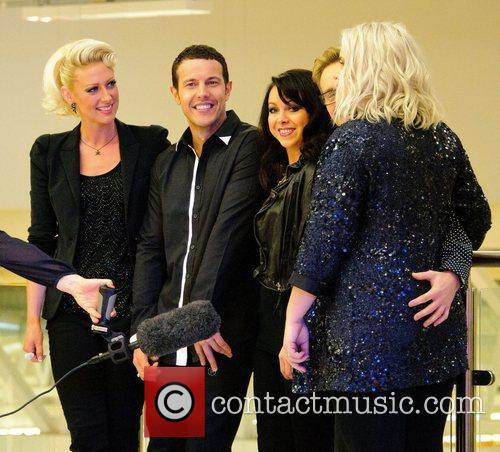 Faye Tozer, Lee Latchford-evans, H, Claire Richards, Ian Watkins, Lisa Scott-lee and Steps 1