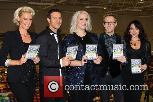 Faye Tozer, Lee Latchford-evans, H, Claire Richards, Ian Watkins, Lisa Scott-lee and Steps 4