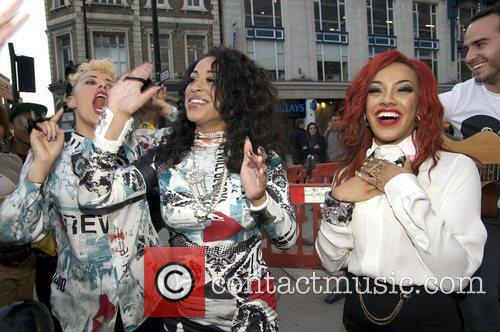 alexandra buggs karis anderson and courtney rumbold 3942901