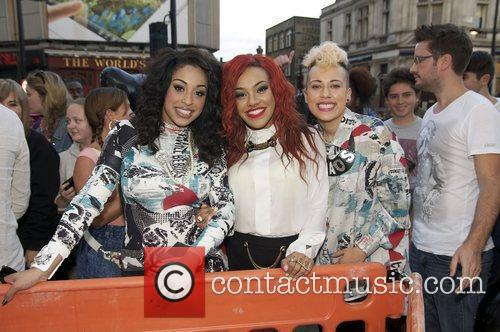 alexandra buggs karis anderson and courtney rumbold 3942914