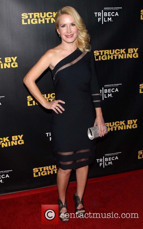 Angela Kinsey 2