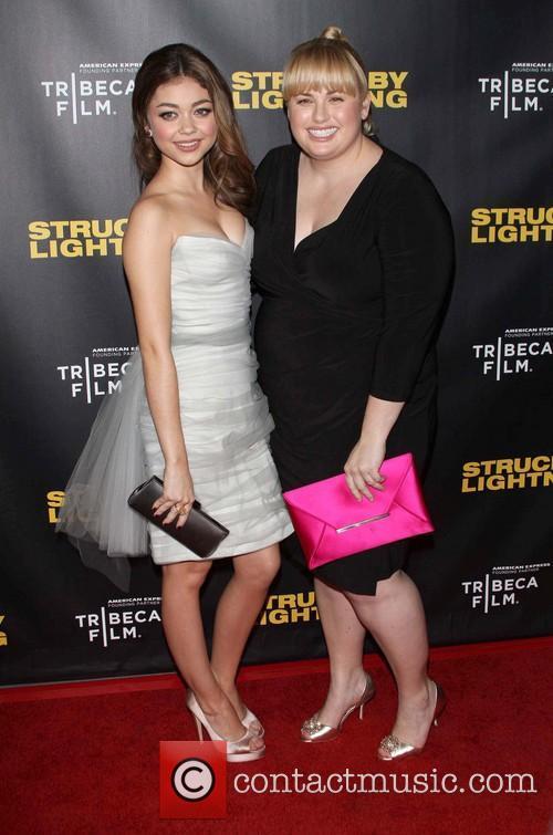 Sarah Hyland and Rebel Wilson 5