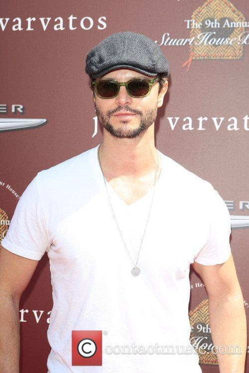 Jason Behr at the 9th Annual John Varvatos...