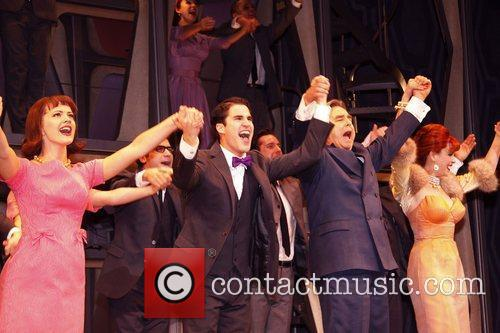 Darren Criss, Al Hirschfeld, Beau Bridges and Tammy Blanchard 11