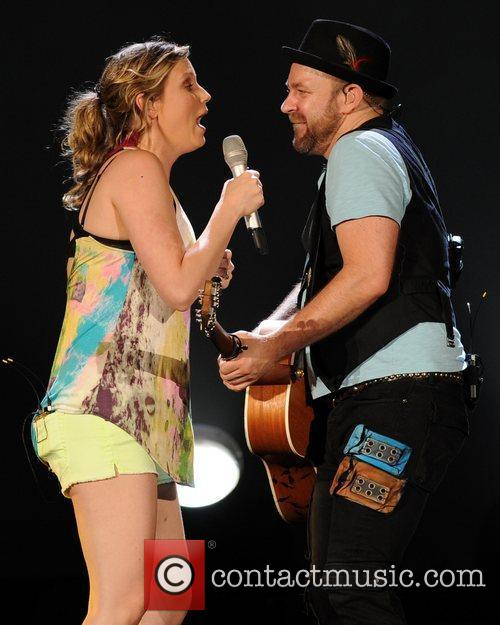 Jennifer Nettles, Kristian Bush and Sugarland