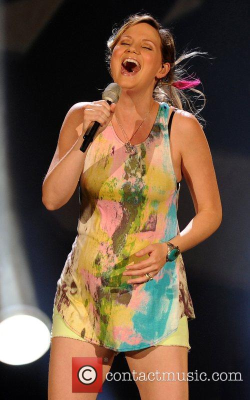 jennifer nettles of sugarland performing during the 4012822