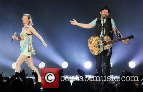 Jennifer Nettles, Kristian Bush and Sugarland 2
