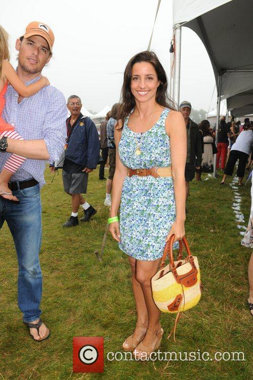 Shoshanna Gruss, daughter  Kelly Ripa hosts Super...