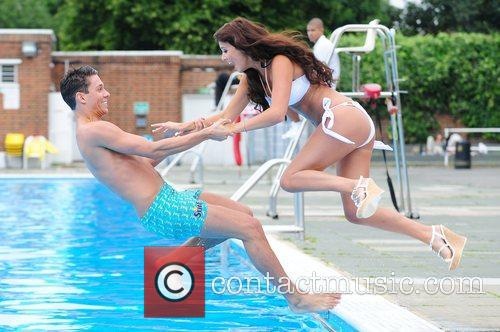 joey essex and lucy mecklenburgh surf photocall 3966577