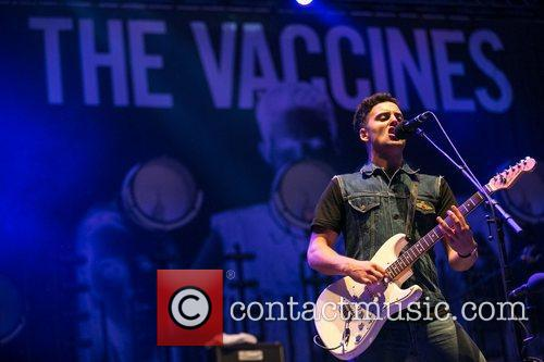 The Vaccines 7