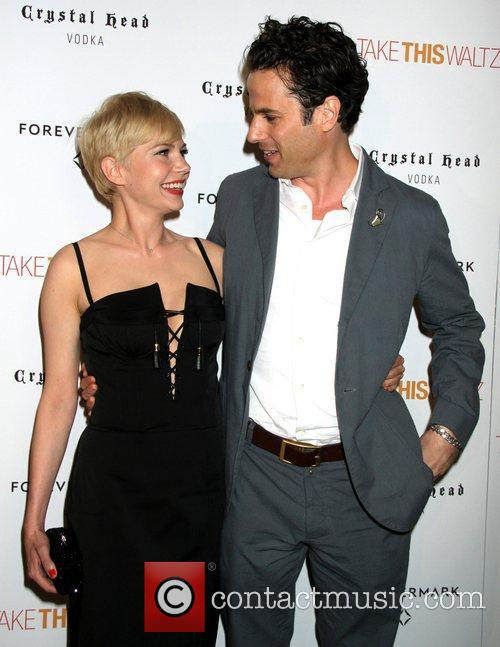 Michelle Williams and Luke Kirby 2