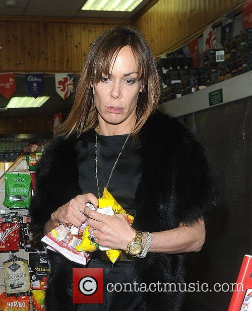 Tara Palmer-Tomkinson picks up 6 packets of haribo...
