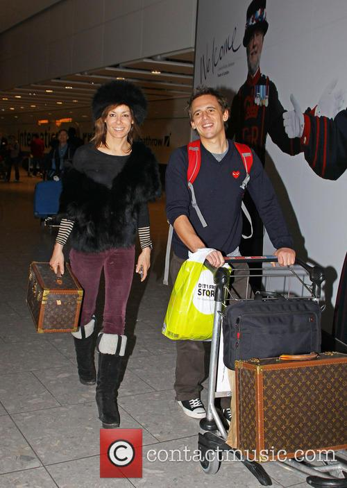 Tara Palmer-tomkinson, Heathrow Airport and Louis Vuitton 5