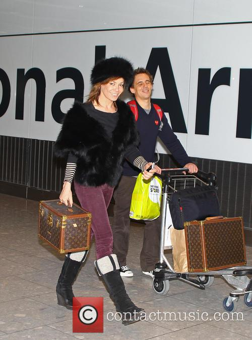 Tara Palmer-tomkinson, Heathrow Airport and Louis Vuitton 6