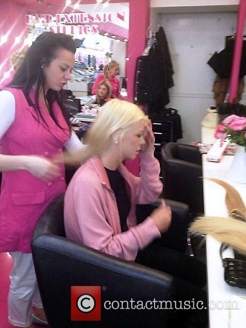 Tara Reid and Hairspray 4
