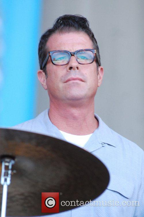 calexico performing live at taste of chicago 3988580