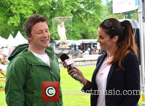Jamie Oliver and Glenda Gilson 2