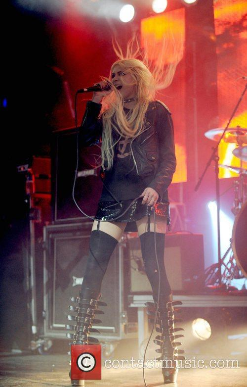 Taylor Momsen and The Pretty Reckless 20