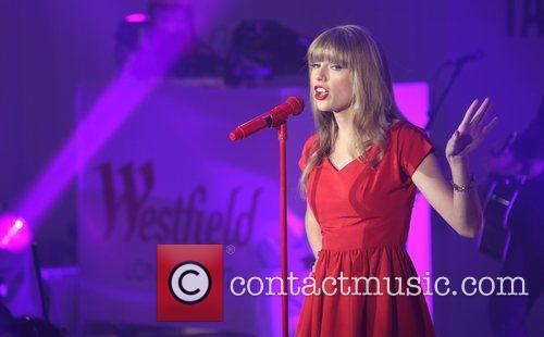 Taylor Swift, Christmas, Westfield and Westfield Shopping Centre 13