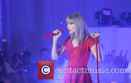 Taylor Swift, Christmas, Westfield, Westfield Shopping Centre