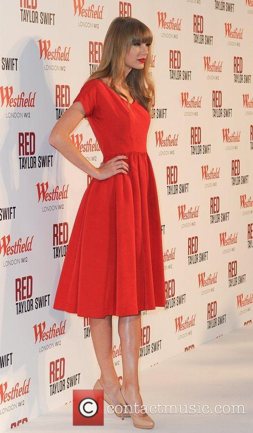 Taylor Swift and Westfield Shopping Centre 22
