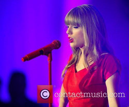 Taylor Swift and Westfield Shopping Centre 17