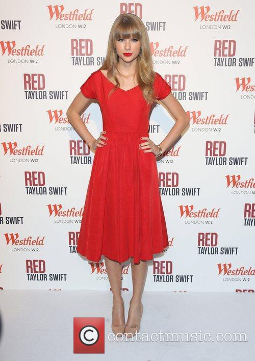 Taylor Swift, Christmas, Westfield and Westfield Shopping Centre 48