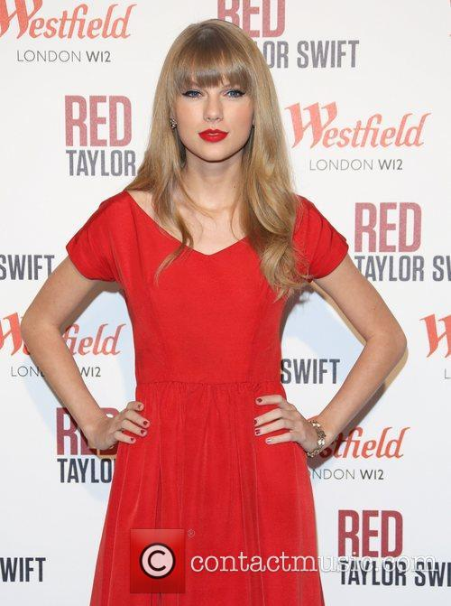 Taylor Swift, Christmas, Westfield and Westfield Shopping Centre 45