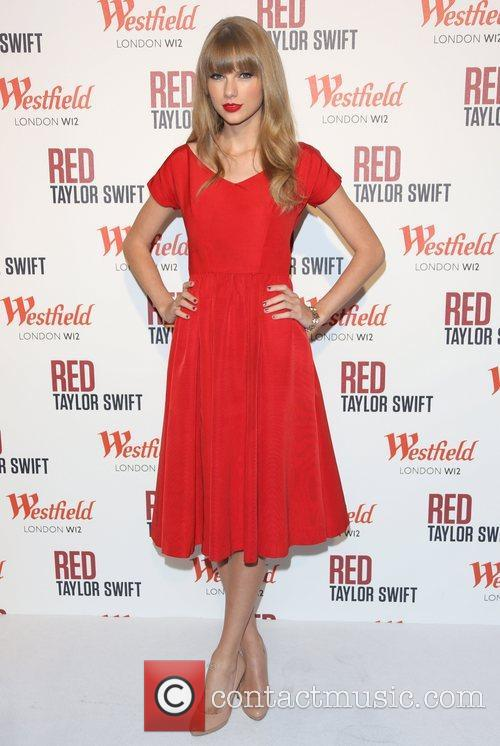 Taylor Swift, Christmas, Westfield and Westfield Shopping Centre 41