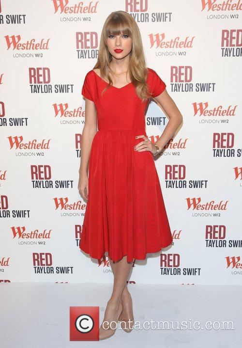 Taylor Swift, Christmas, Westfield and Westfield Shopping Centre 49