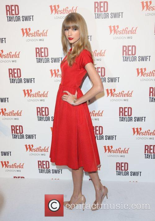 Taylor Swift, Christmas, Westfield and Westfield Shopping Centre 50