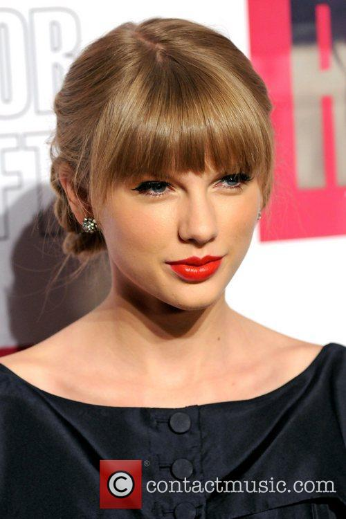 taylor swift taylor swift and target red 5938705