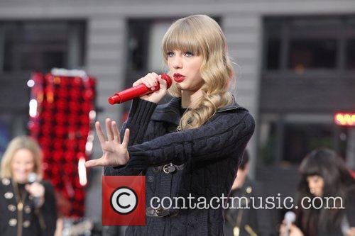 Taylor Swift, Times Square, Good Morning America, Times Square, Good Morning America